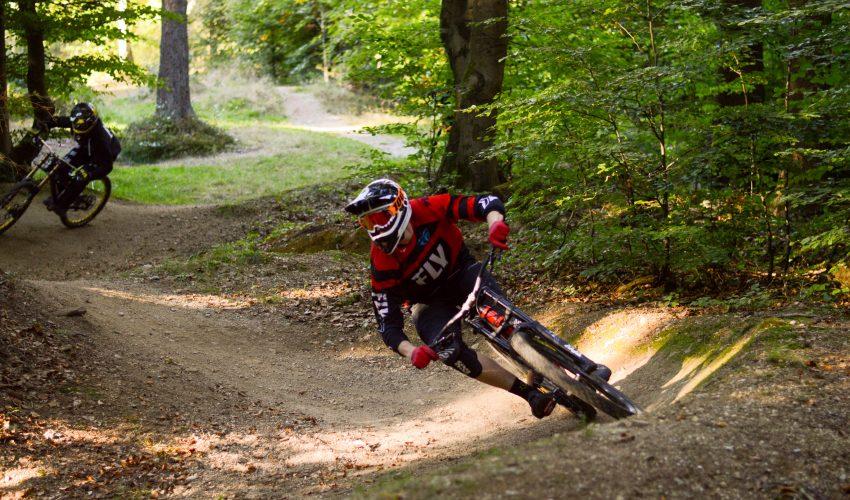 Dh rider